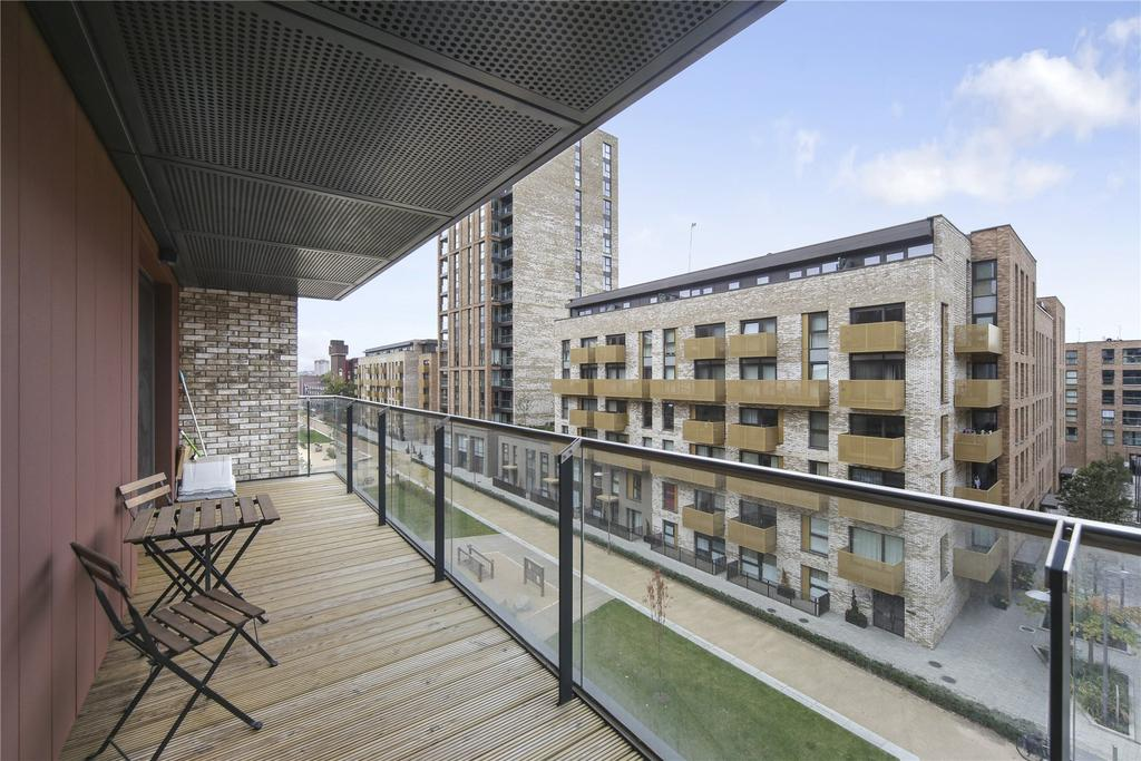 2 Bedrooms Flat for sale in Cadmus Court, Seafarer Way, London