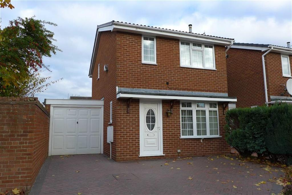 3 Bedrooms Link Detached House for sale in Haweswater Avenue, Coppenhall, Crewe