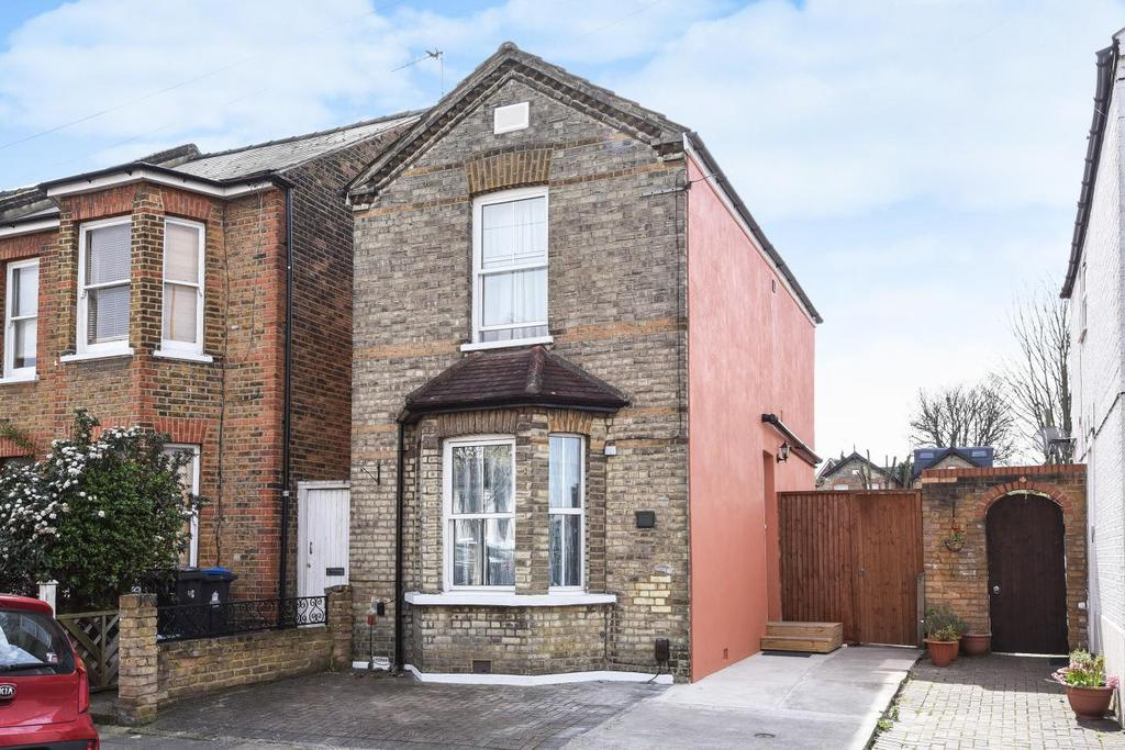 3 Bedrooms Detached House for sale in Canbury Park Road, Kingston upon Thames, KT2