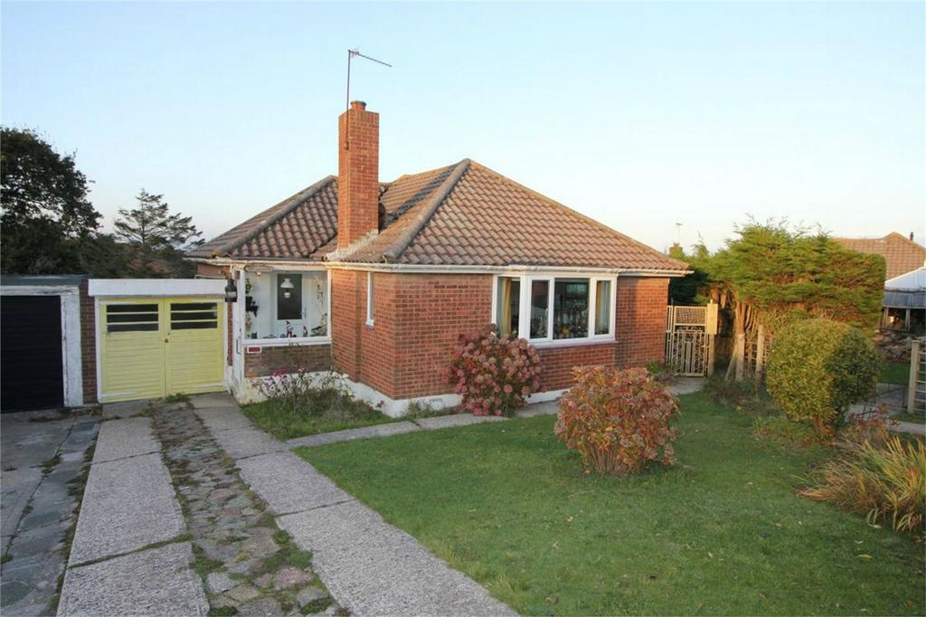 2 Bedrooms Semi Detached Bungalow for sale in Blackthorn Way, FAIRLIGHT, East Sussex