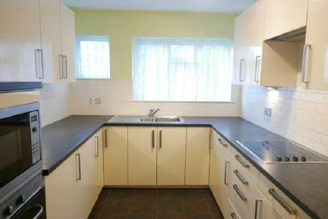 2 bedroom flat to rent - NORTHLANDS ROAD- BANISTER PARK-FURN