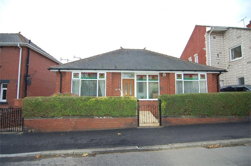 4 Bedrooms Detached House for sale in Cemetery Road, Hemingfield, BARNSLEY, South Yorkshire