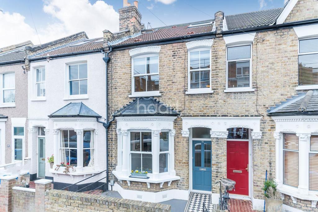 3 Bedrooms Terraced House for sale in Reynolds Road, Nunhead, London, SE15