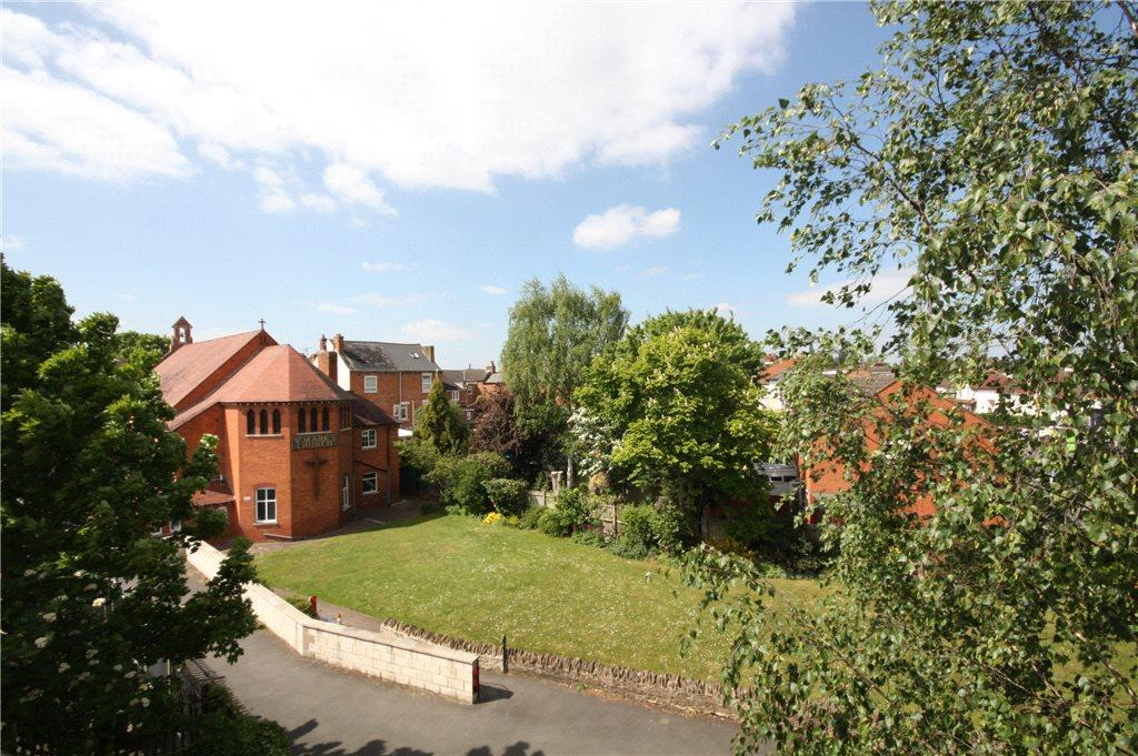2 Bedrooms Apartment Flat for sale in St. Marks Court, Bath Road, Worcester, Worcestershire, WR5