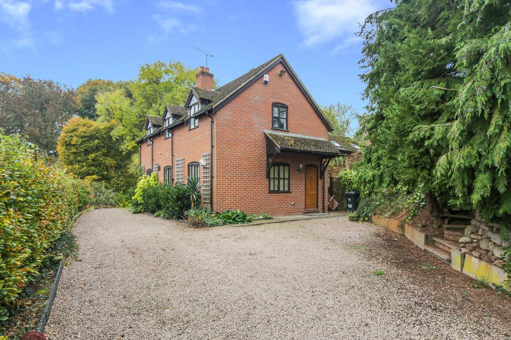 2 Bedrooms Detached House for sale in Rochford, Tenbury Wells, Worcestershire, WR15 8SW