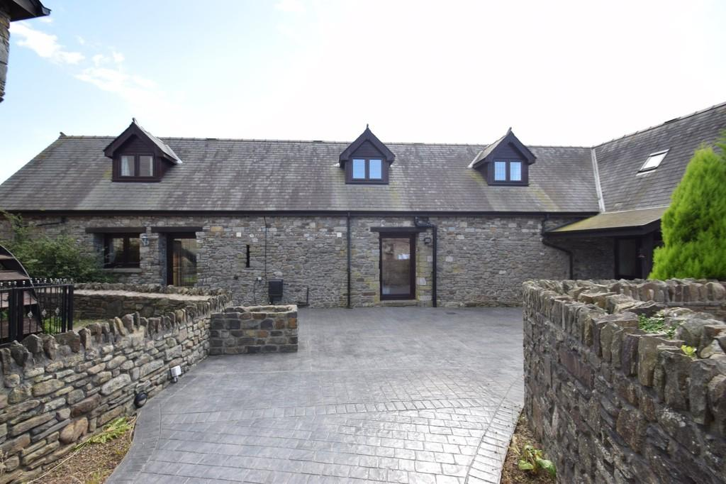 4 Bedrooms Barn Conversion Character Property for sale in Cromlech, Eglwys Nunnydd, Margam, Port Talbot, Neath Port Talbot County Borough, SA13 2PS