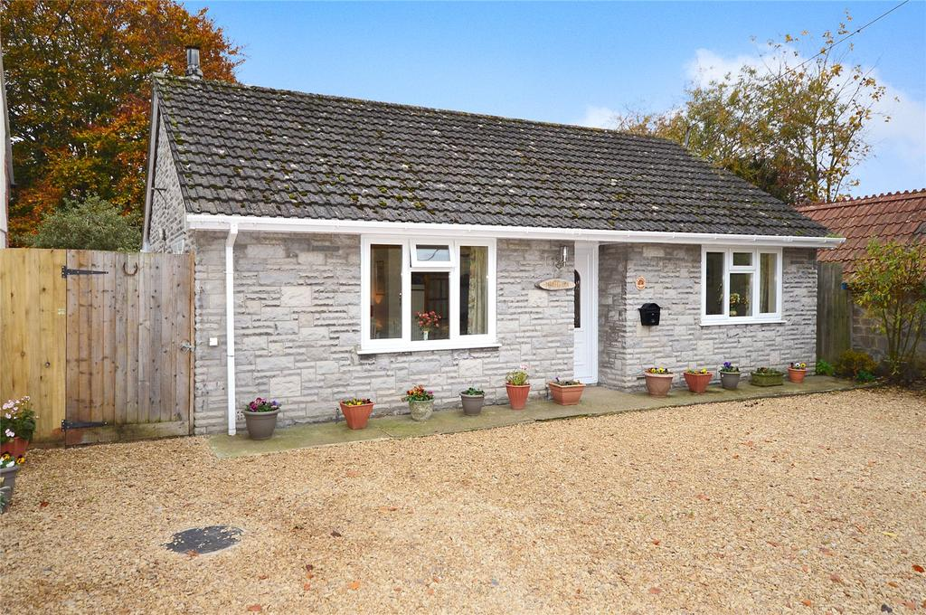2 Bedrooms Bungalow for sale in Stanchester, Curry Rivel, Langport, Somerset, TA10