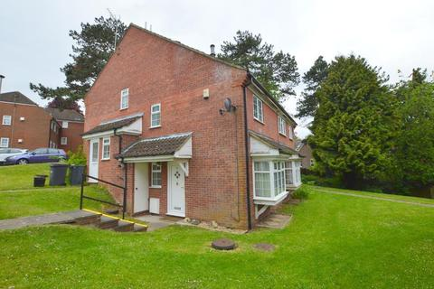 1 bedroom cluster house to rent - Somersby Close, Luton, Bedfordshire, LU1 3XB