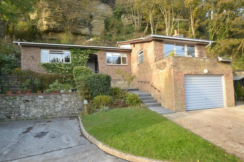 2 Bedrooms Detached Bungalow for sale in Fishers, St Lawrence