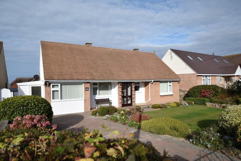 3 Bedrooms Detached Bungalow for sale in Rockfield Drive, Deganwy
