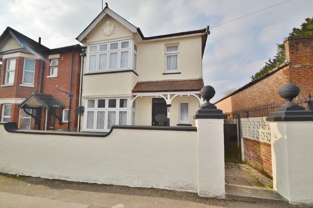 3 Bedrooms Detached House for sale in Inner Avenue