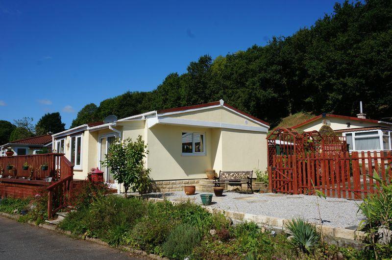 2 Bedrooms Detached Bungalow for sale in St. Dominic Park, Callington