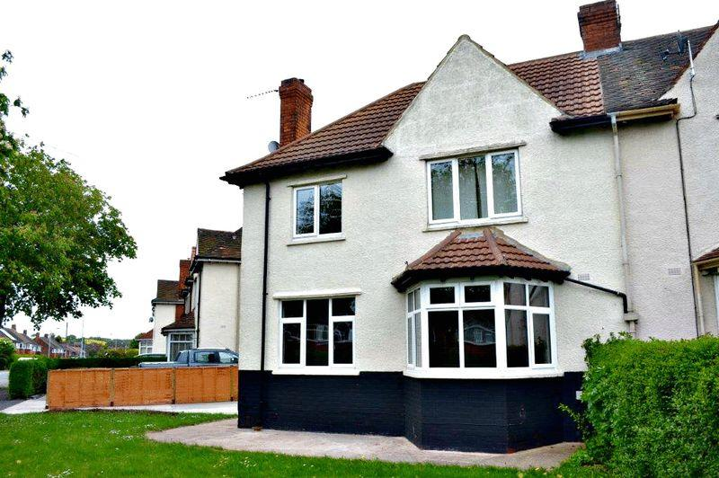 3 Bedrooms Semi Detached House for sale in Tofts Road, Barton-Upon-Humber