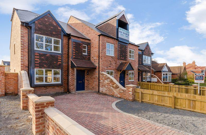 4 Bedrooms Terraced House for sale in 193 Newport, Lincoln