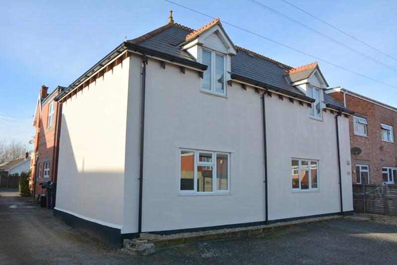 1 Bedroom Flat for sale in Berrow Road, Burnham-On-Sea