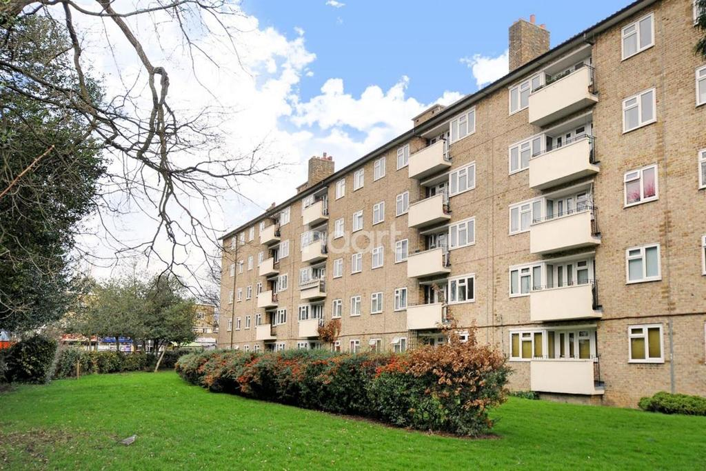 3 Bedrooms Flat for sale in Chobham Gardens