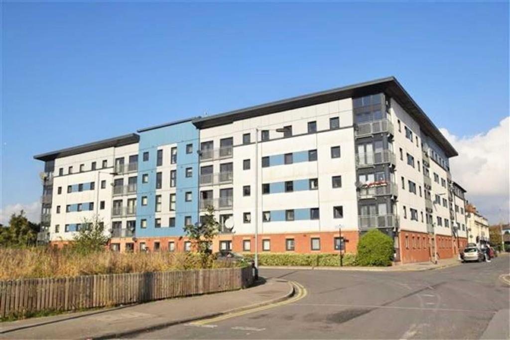 3 Bedrooms Apartment Flat for sale in Urban One, 12 Spring Street, Hull, HU2