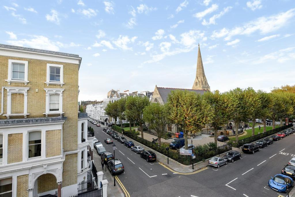 1 Bedroom Flat for sale in Redcliffe Square, Chelsea