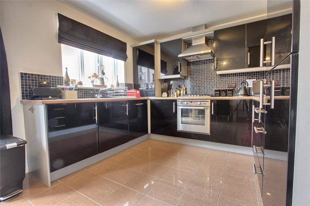 3 Bedrooms Semi Detached House for sale in Turnbull Way, Scholars Rise