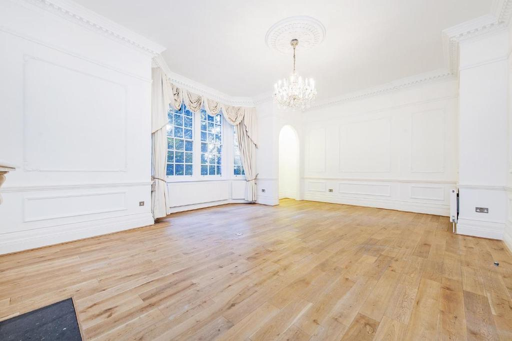 3 Bedrooms Flat for sale in Hyde Park Place, Bayswater, W2