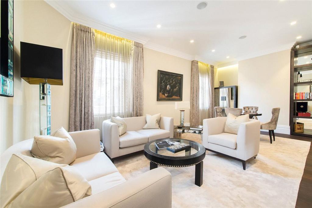 2 Bedrooms Flat for sale in Berkeley Street, Mayfair, London, W1J