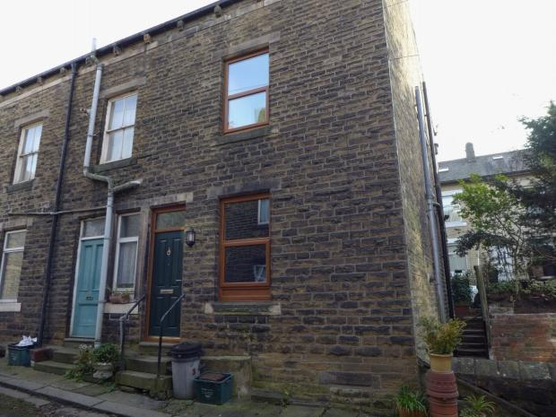 2 Bedrooms End Of Terrace House for sale in Pellon Street Todmorden