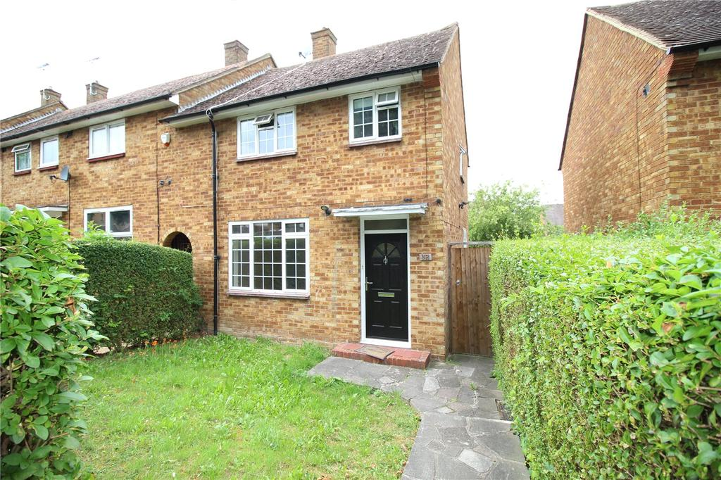 3 Bedrooms End Of Terrace House for sale in Barnstaple Road, Harold Hill, RM3