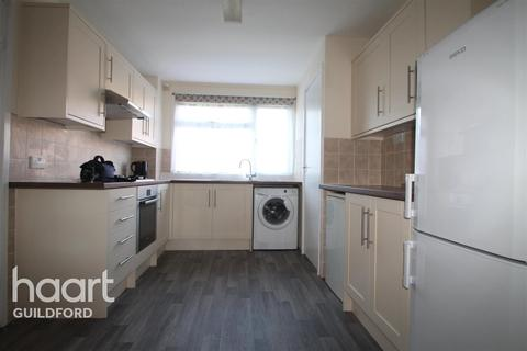 1 bedroom house share to rent - Clover Road