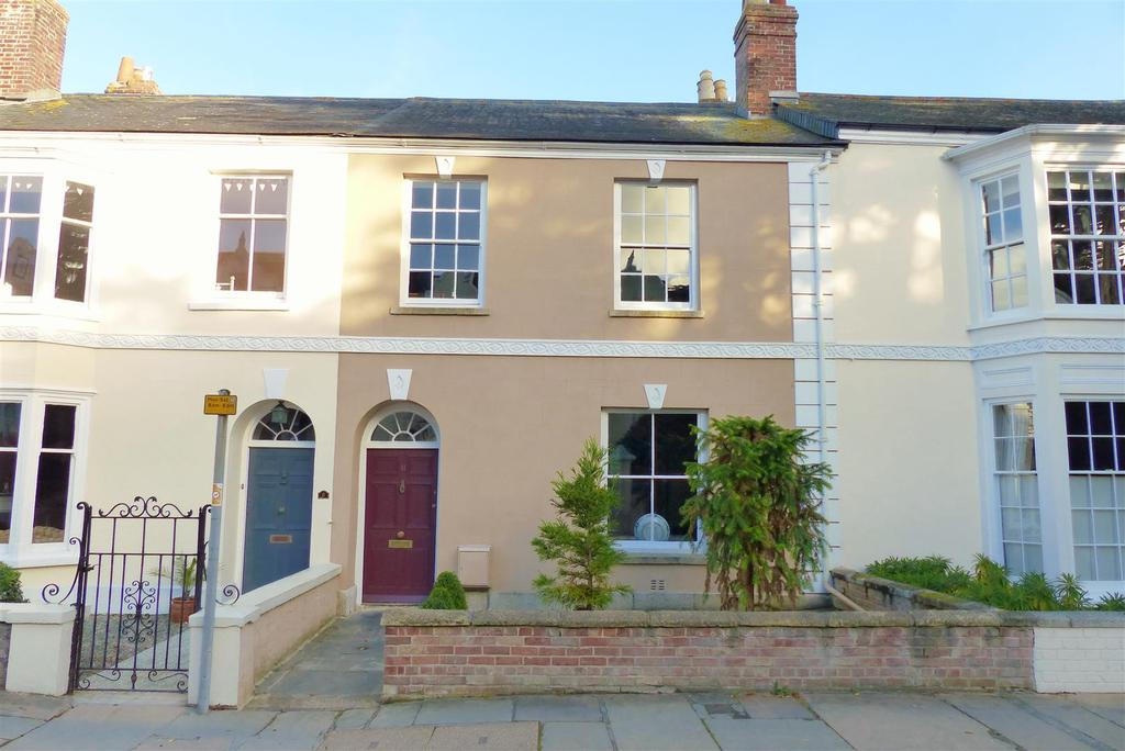 4 Bedrooms Town House for sale in Falmouth Road, Truro
