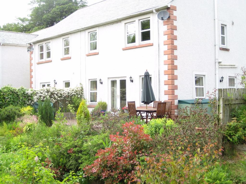 3 Bedrooms Semi Detached House for sale in 1 Beckside, Ullock, CA14 4TP