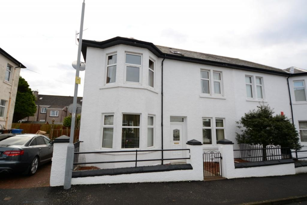 2 Bedrooms Ground Flat for sale in 54 Haco Street, Largs, KA30 9BG