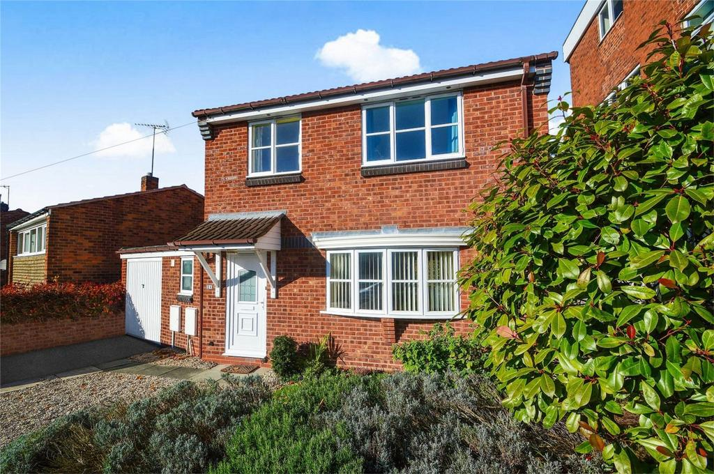3 Bedrooms Detached House for sale in Leswell Lane, Kidderminster, Worcestershire