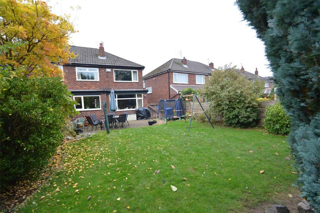 3 Bedrooms Semi Detached House for sale in Church Lane, SALE, Cheshire