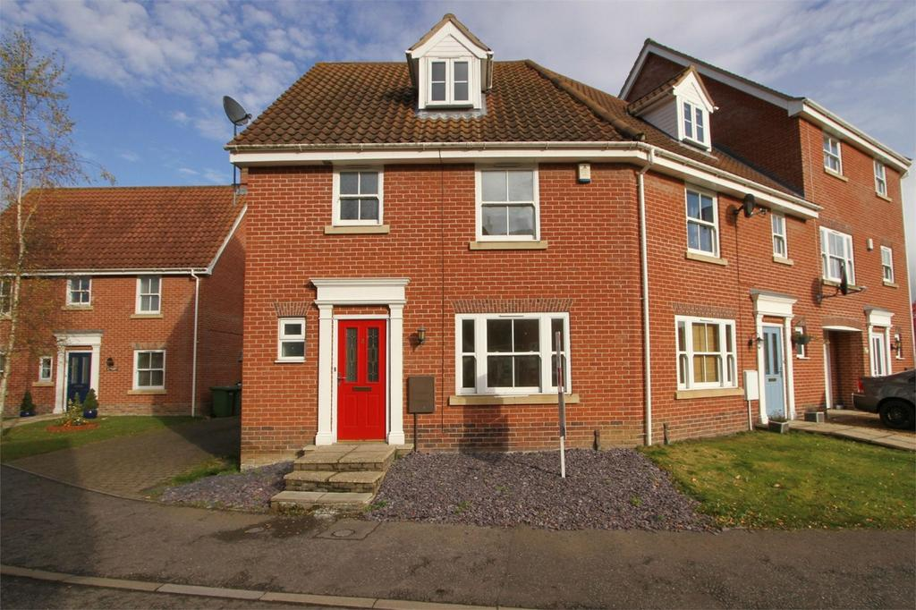 4 Bedrooms End Of Terrace House for sale in Wild Cherry Close, Watton, Norfolk