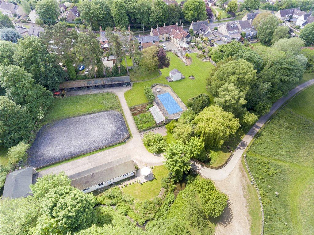 6 Bedrooms Unique Property for sale in High Street, Sharnbrook, Bedford, Bedfordshire