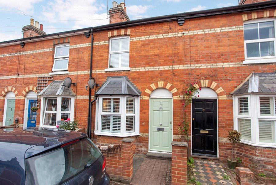 2 Bedrooms Terraced House for sale in Albert Road, Henley-on-Thames, RG9