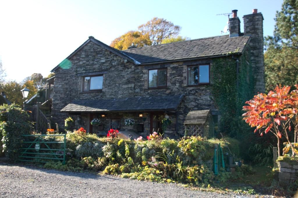 4 Bedrooms Barn Conversion Character Property for sale in Bateman Fold Barn, Crook, Kendal, Cumbria LA8 8LN