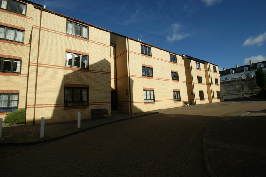1 Bedroom Apartment Flat for sale in Alexandra Court, Alexandra Road, Barnstaple, EX32 8AZ