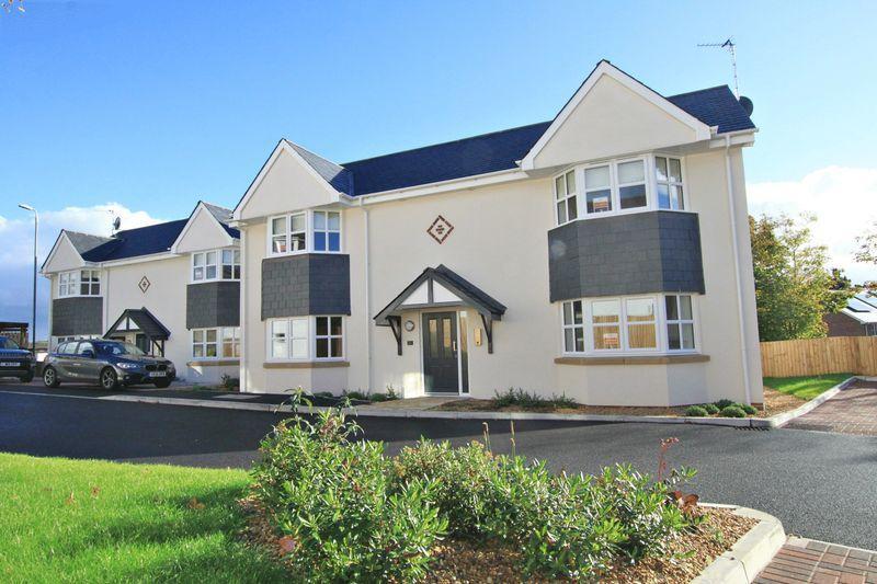1 Bedroom Apartment Flat for sale in Penrhos Road, Bangor