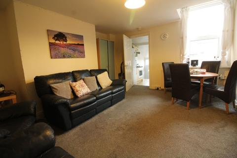 5 bedroom flat to rent - Doncaster Road, Newcastle Upon Tyne