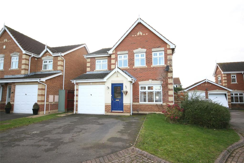 4 Bedrooms Detached House for sale in Harewood Grove, Cleethorpes, DN35