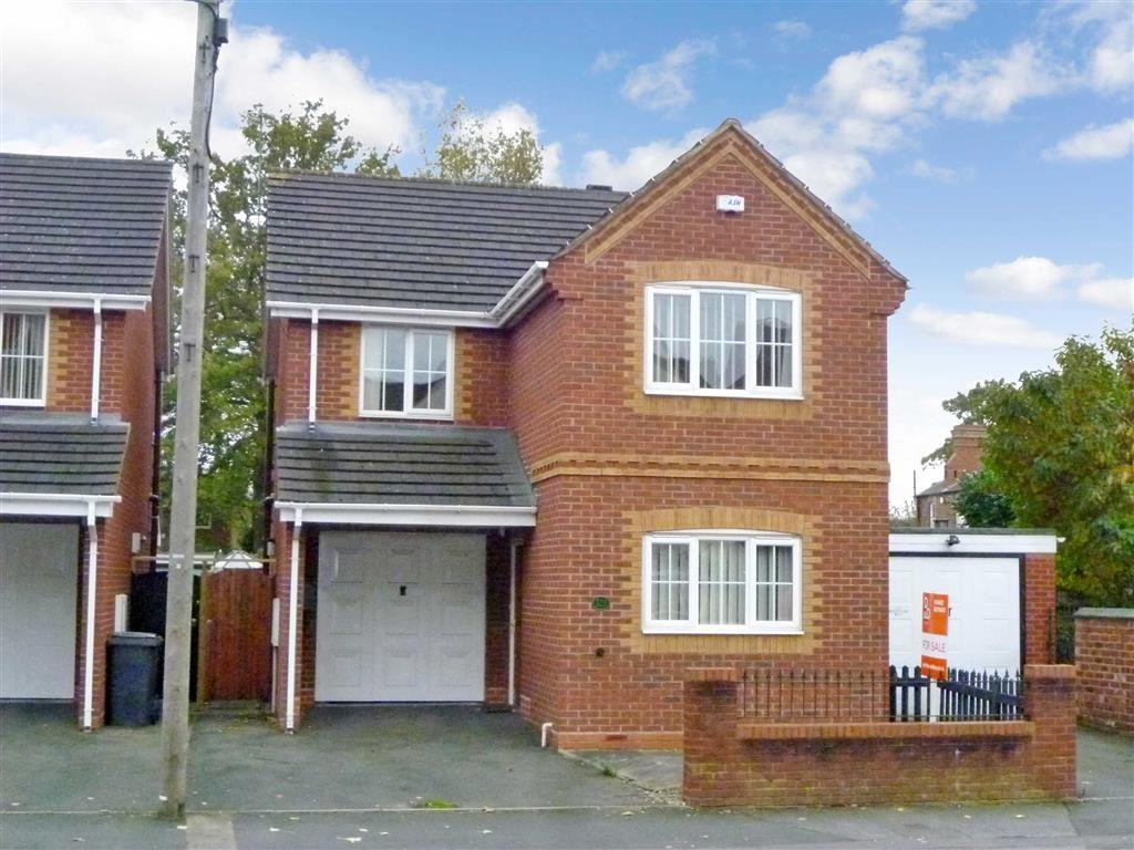 3 Bedrooms Detached House for sale in Hurcott Road, Kidderminster
