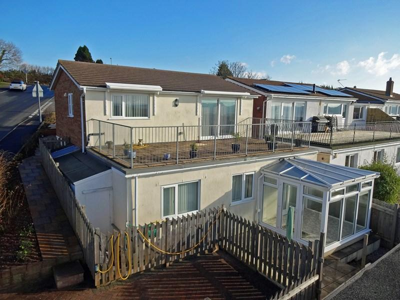 3 Bedrooms Detached House for sale in Raleigh Road, Teignmouth