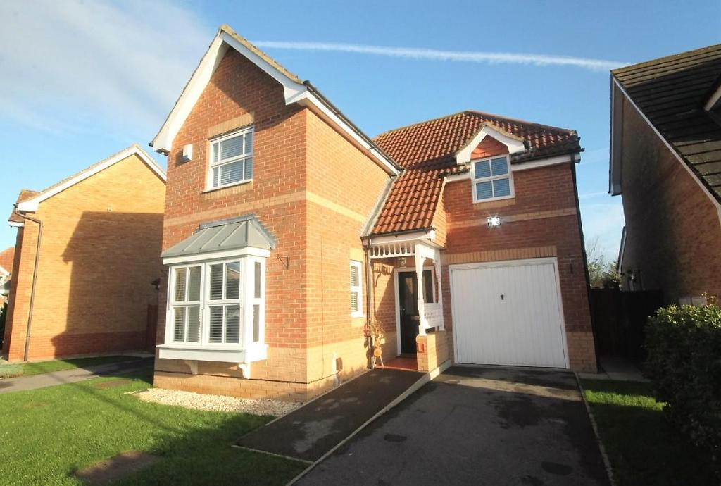3 Bedrooms Detached House for sale in Buttercup Close, Cypress Gate