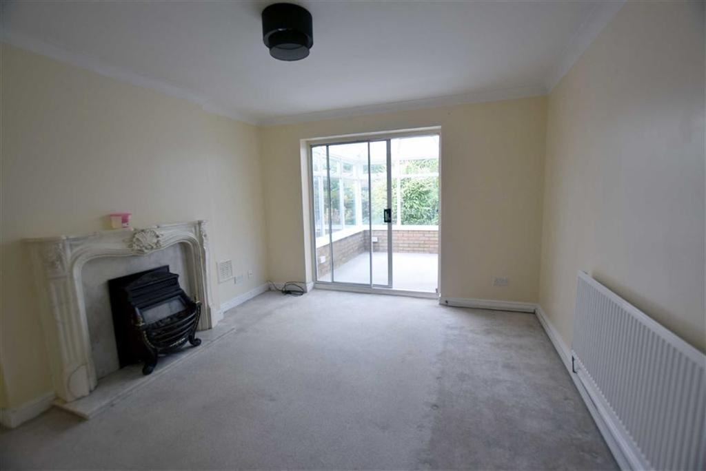 3 Bedrooms Detached House for sale in Rochester Drive, Burnley, Lancashire