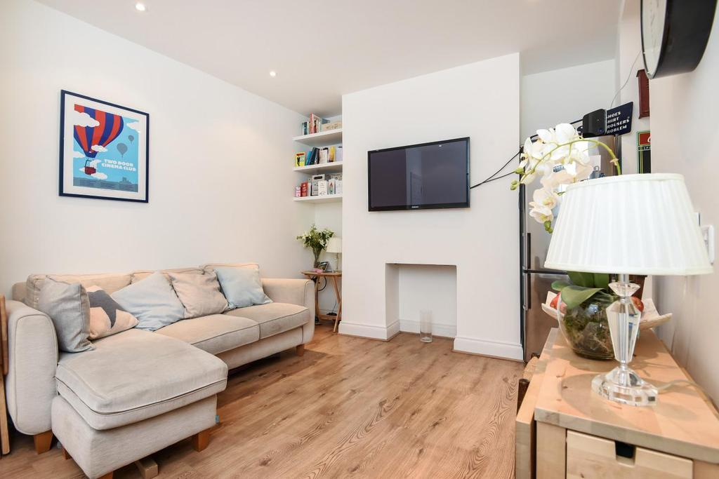 2 Bedrooms Flat for sale in Hayter Road, Brixton