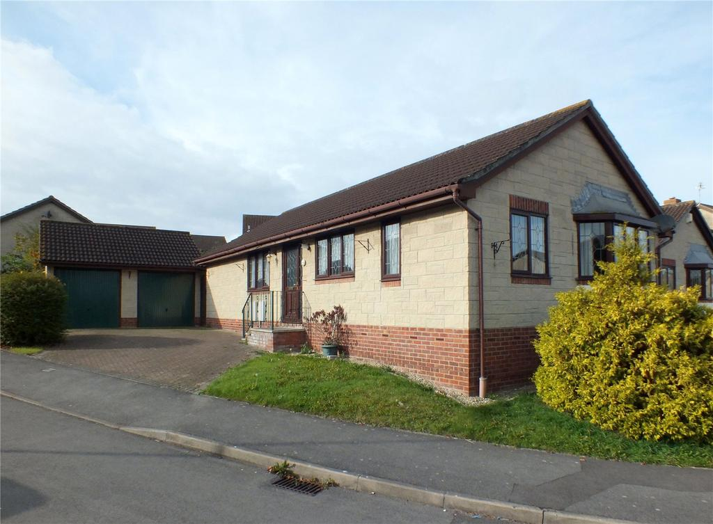 3 Bedrooms Detached Bungalow for sale in Westmarch Way, North Worle, Weston-Super-Mare, BS22