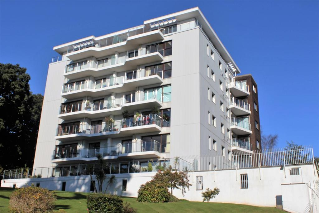 2 Bedrooms Apartment Flat for sale in Lower Warberry Road, Torquay