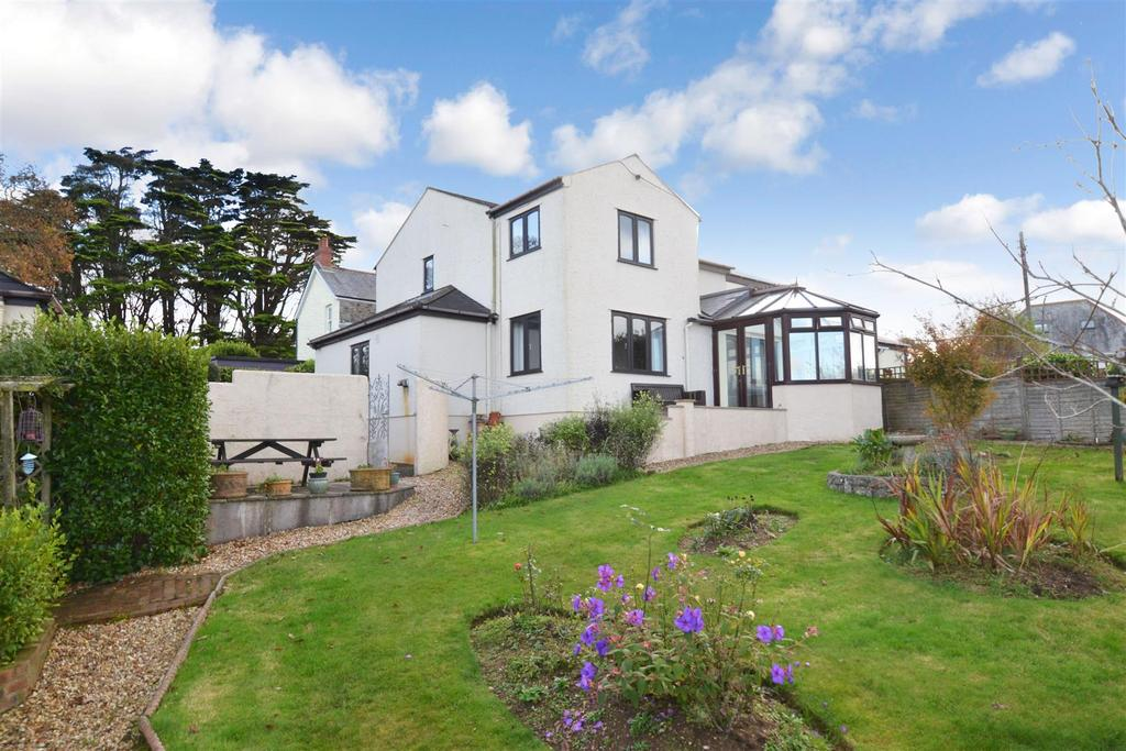 3 Bedrooms Semi Detached House for sale in Mawnan Smith, Falmouth