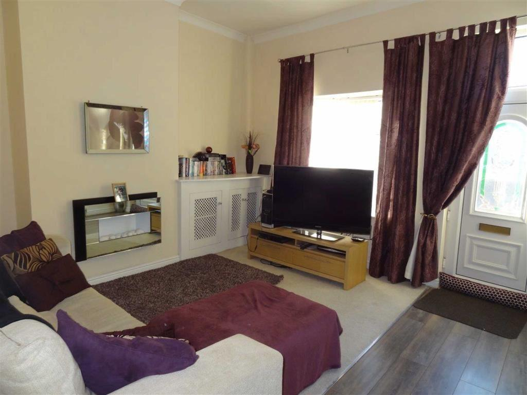 3 Bedrooms Terraced House for sale in High Street, Thurnscoe, Rotherham, S63